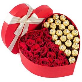 cutie-trandafiri-si-ferero